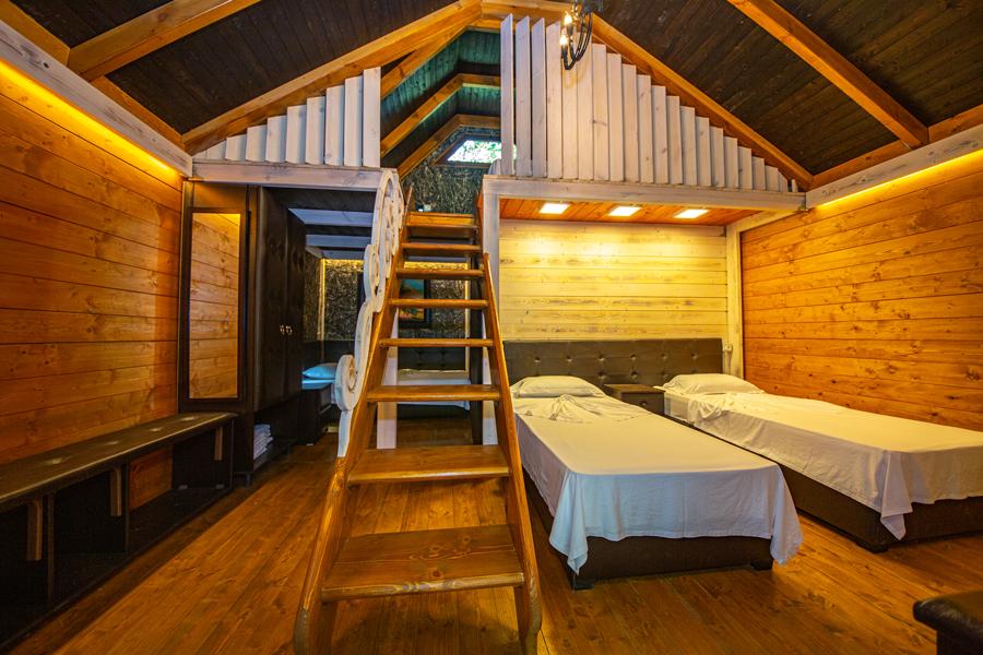 5-Bed Superior Chalet Room